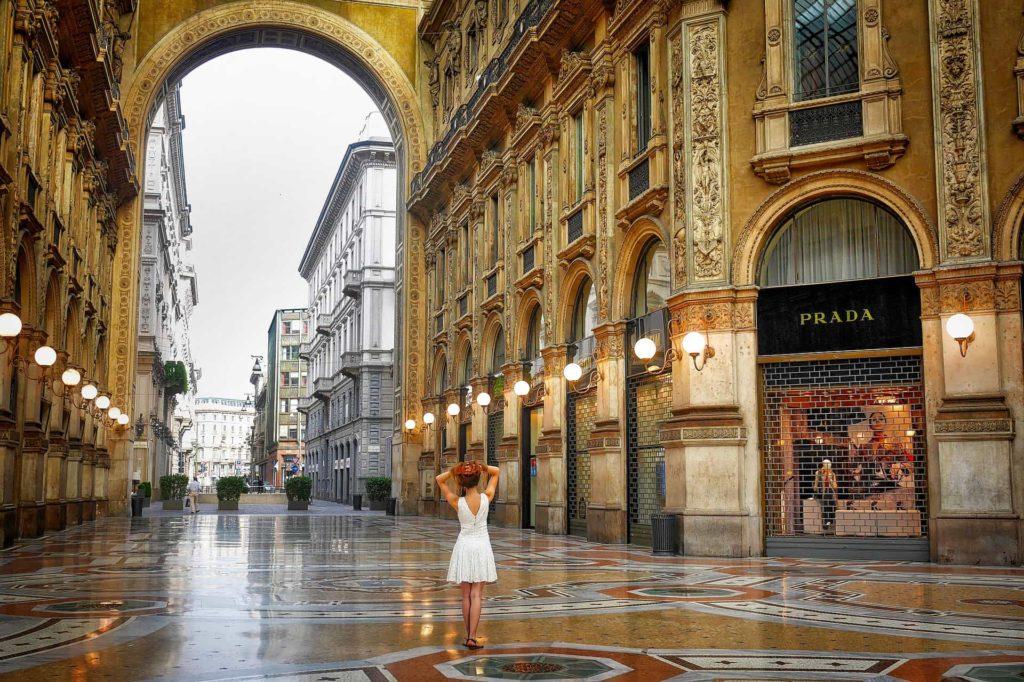 Milan Galleria Vittorio Emanuele Shopping