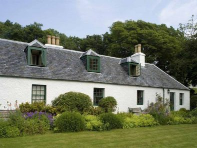 Flora Macdonald's Cottage on isle of skye. inspiration for the character claire in Outlander tour.
